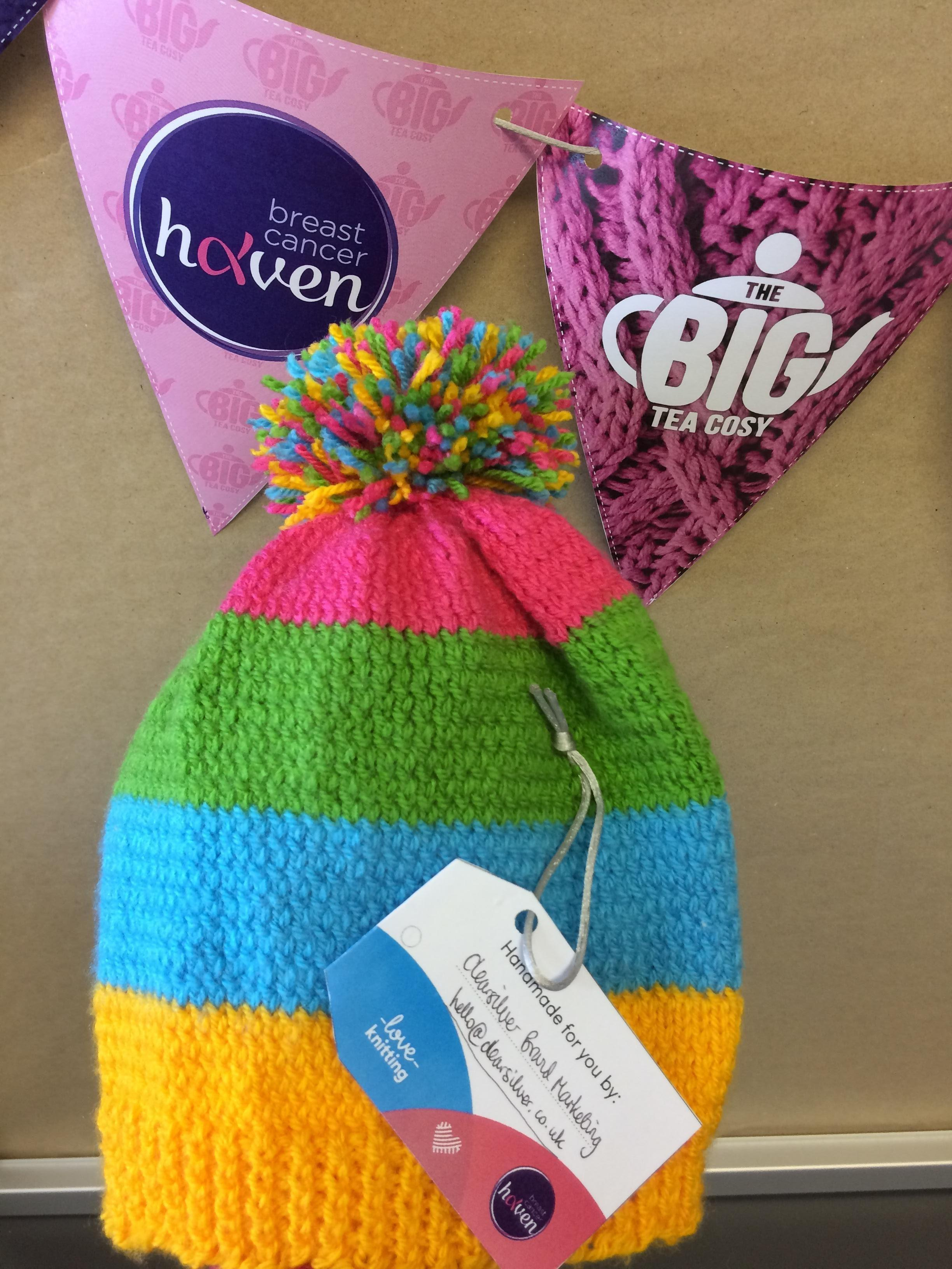 Big Tea Cosy - knitted bobble hat